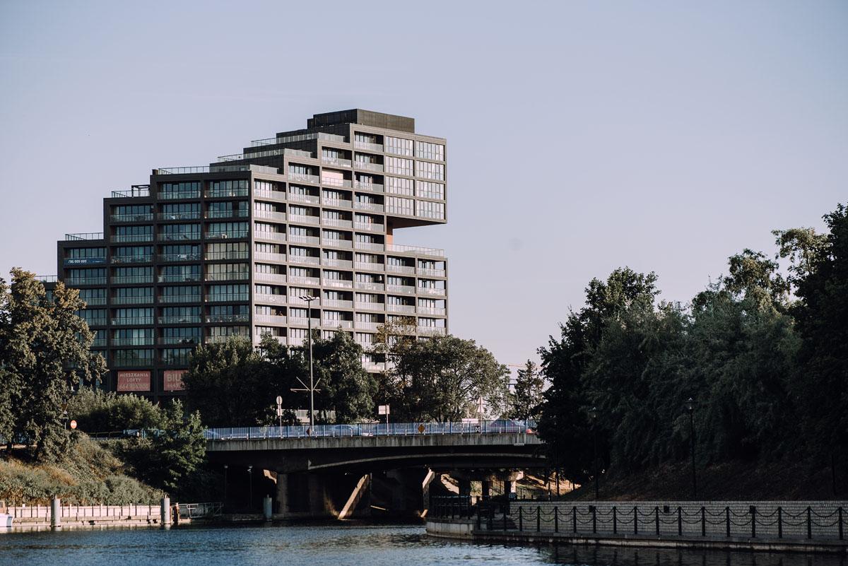 sesja-miejska-urban-lifestyle-Jatki6-Karafka-Wyspa-Mlynska-Stary-Rynek-Bydgoszcz-Angelika-Patryk-071