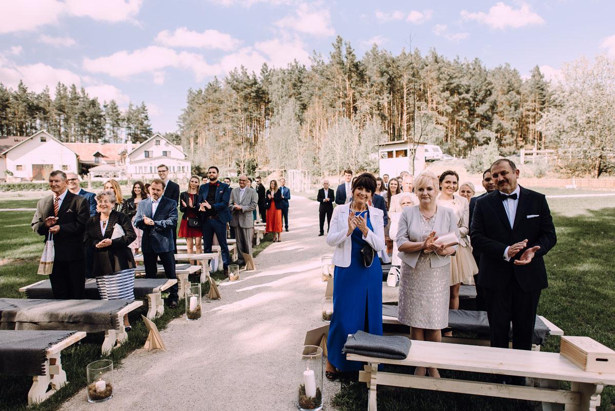 rustykalny-slub-wesele-na-kaszubach-folwark-dajak-w-koleczkowie-patrycja-rafal-093