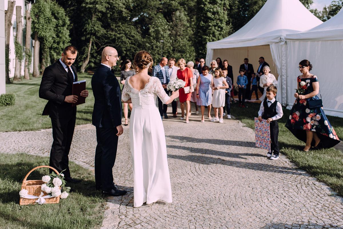 slub-humanistyczny-Palac-Romantyczny-Turzno-Joanna-Damian-099