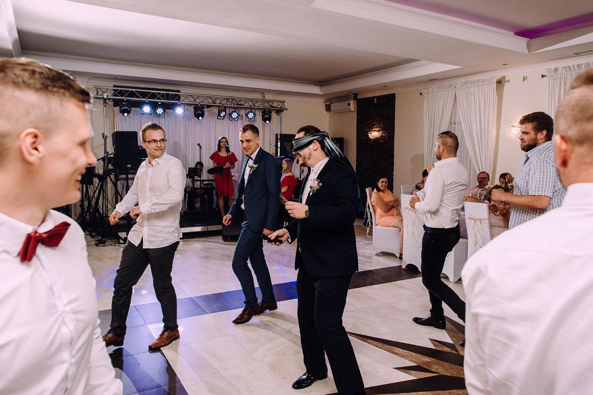 slub-drewniany-kosciol-sw-Barbary-Rechta-Sukowy-wesele-Jasminowy-Gaj-Inowroclaw-Aleksandra-Bartosz-232