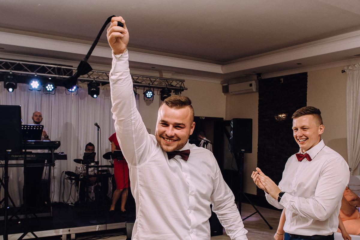 slub-drewniany-kosciol-sw-Barbary-Rechta-Sukowy-wesele-Jasminowy-Gaj-Inowroclaw-Aleksandra-Bartosz-233