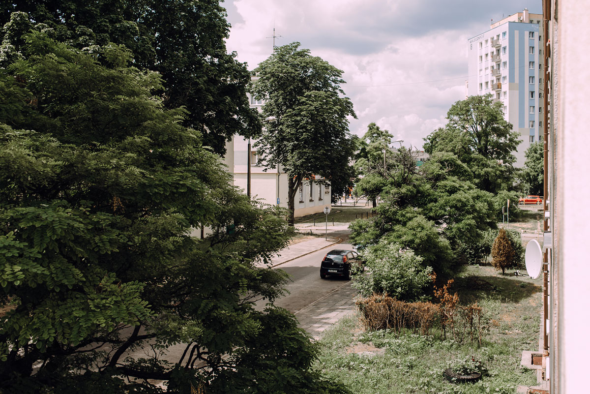 stylowy-slub-trabant-601-rat-style-slub-parafia-wojskowa-NMP-Krolowej-Pokoju-wesele-dwor-Hulanka-Bydgoszcz-Asia-Marcin-036
