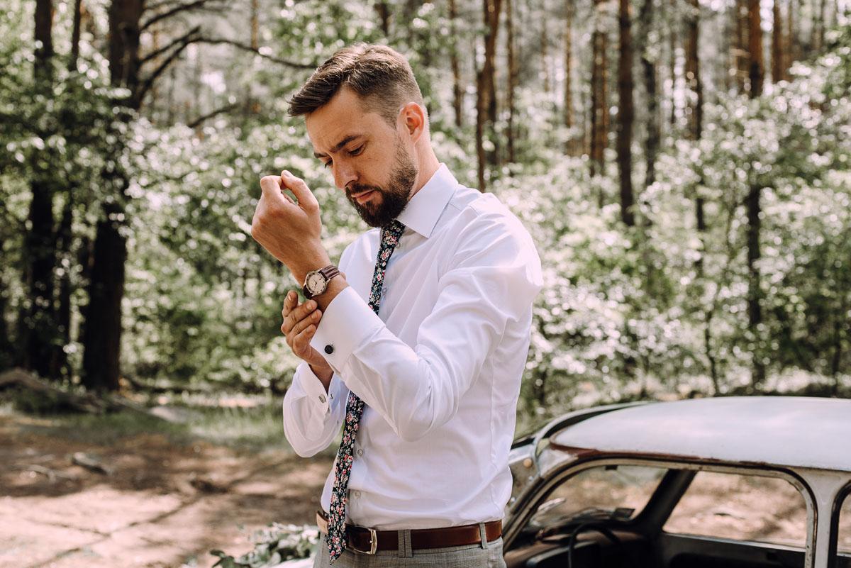 stylowy-slub-trabant-601-rat-style-slub-parafia-wojskowa-NMP-Krolowej-Pokoju-wesele-dwor-Hulanka-Bydgoszcz-Asia-Marcin-053