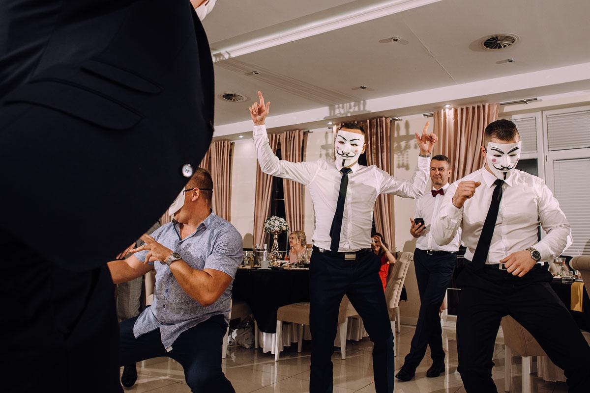 slub-Joanna-Marek-Bazylika-Wniebowziecia-NMP-Koronowo-wesele-Biala-Perla-Niewiescin-235