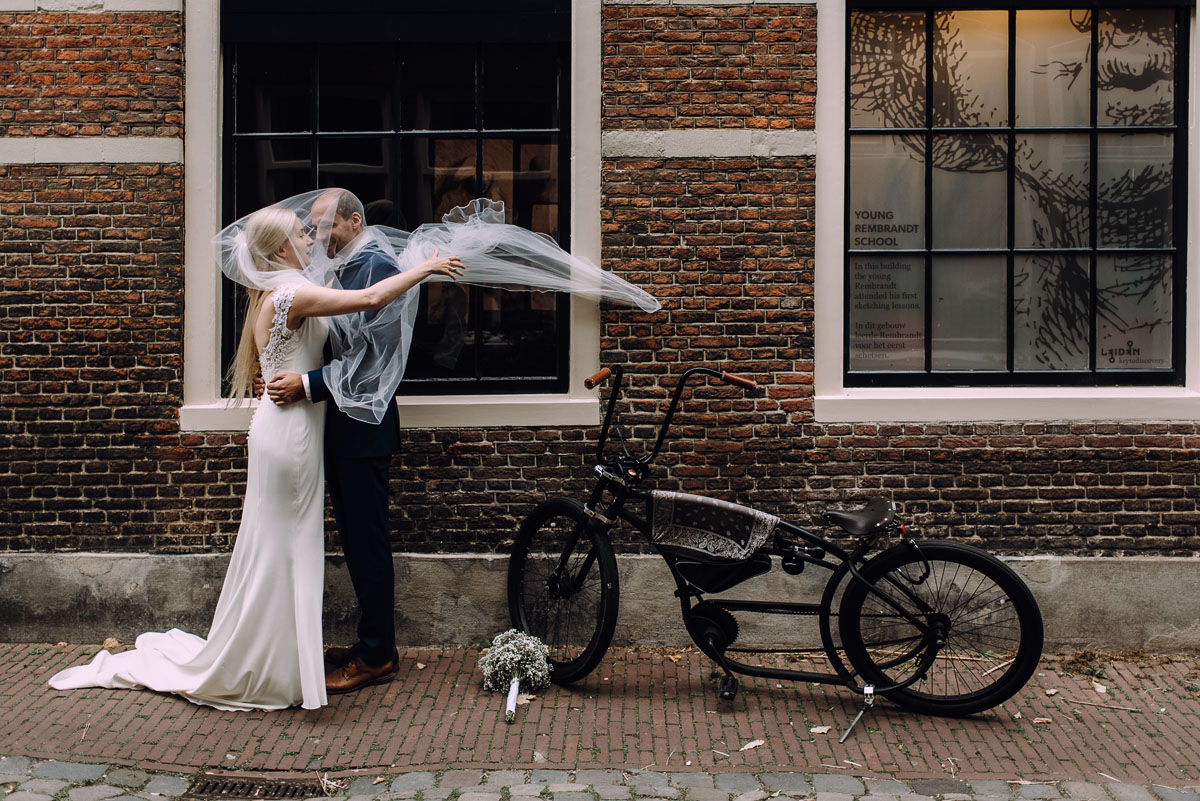 sesja-slubna-Niderlandy-plener-slubny-Leiden-Holandia-Ania-Mark-024