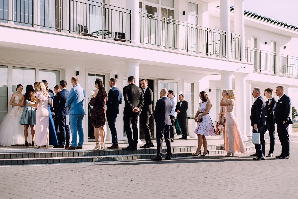 slub-Angelika-Patryk-Bazylika-sw-Wincentego-a-Paulo-Bydgoszcz-wesele-Biala-Perla-Niewiescin-148
