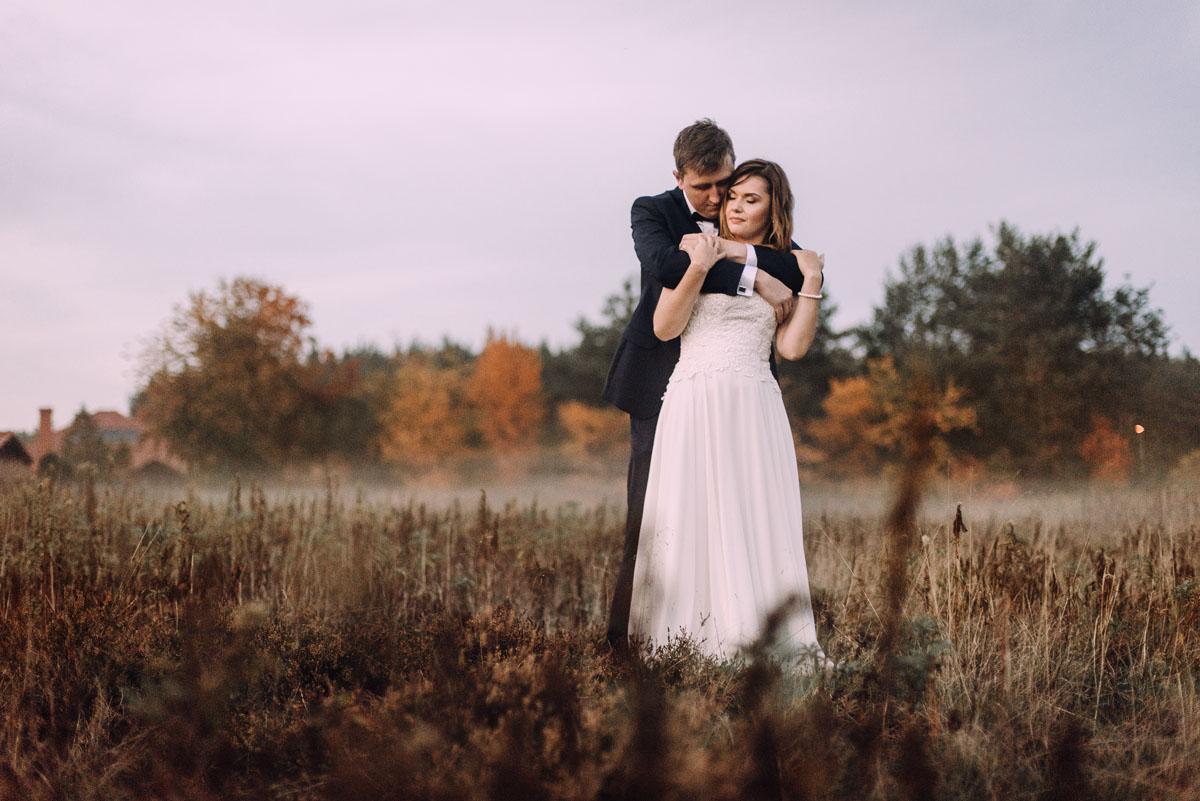 fotografujemy-emocje-lesna-sesja-slubna-Sylwia-Hubert-040