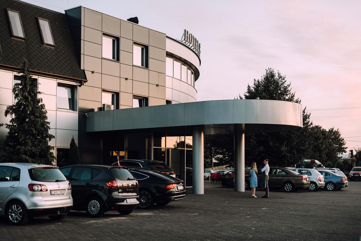 reportaz-slubny-slub-kosciol-Zmartwychwstania-Panskiego-Bydgoszcz-wesele-Hotel-Brzoza-Sylwia-Hubert-171