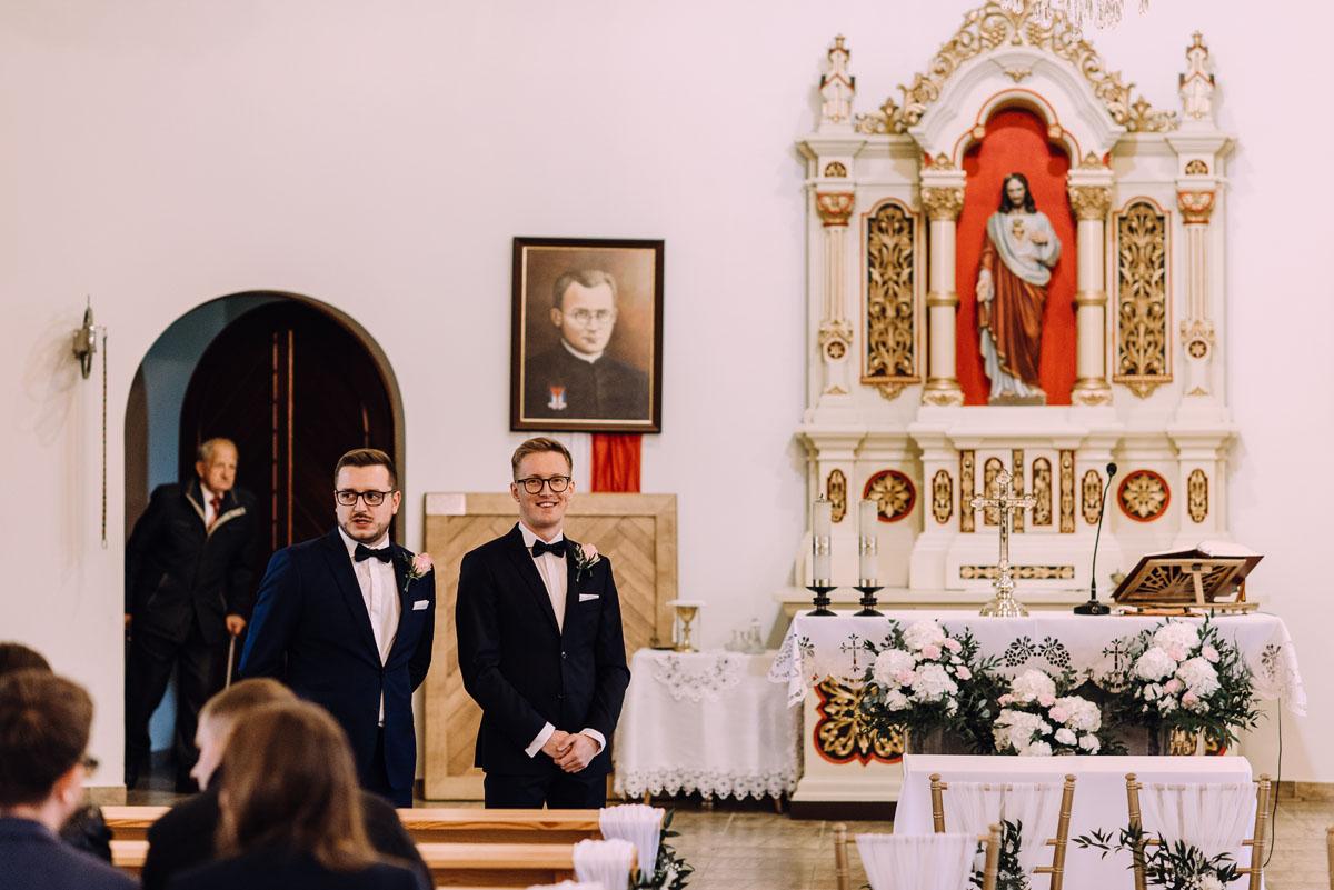 reportaz-slubny-Magda-Tomek-slub-kaplica-Jozefa-Jankowskiego-wesele-Pałac-Suchary-Bydgoszcz-Swietliste-057