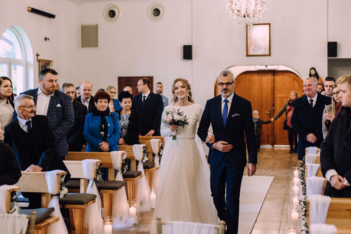 reportaz-slubny-Magda-Tomek-slub-kaplica-Jozefa-Jankowskiego-wesele-Pałac-Suchary-Bydgoszcz-Swietliste-062