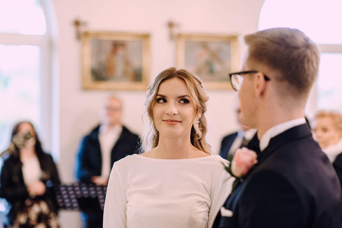 reportaz-slubny-Magda-Tomek-slub-kaplica-Jozefa-Jankowskiego-wesele-Pałac-Suchary-Bydgoszcz-Swietliste-073