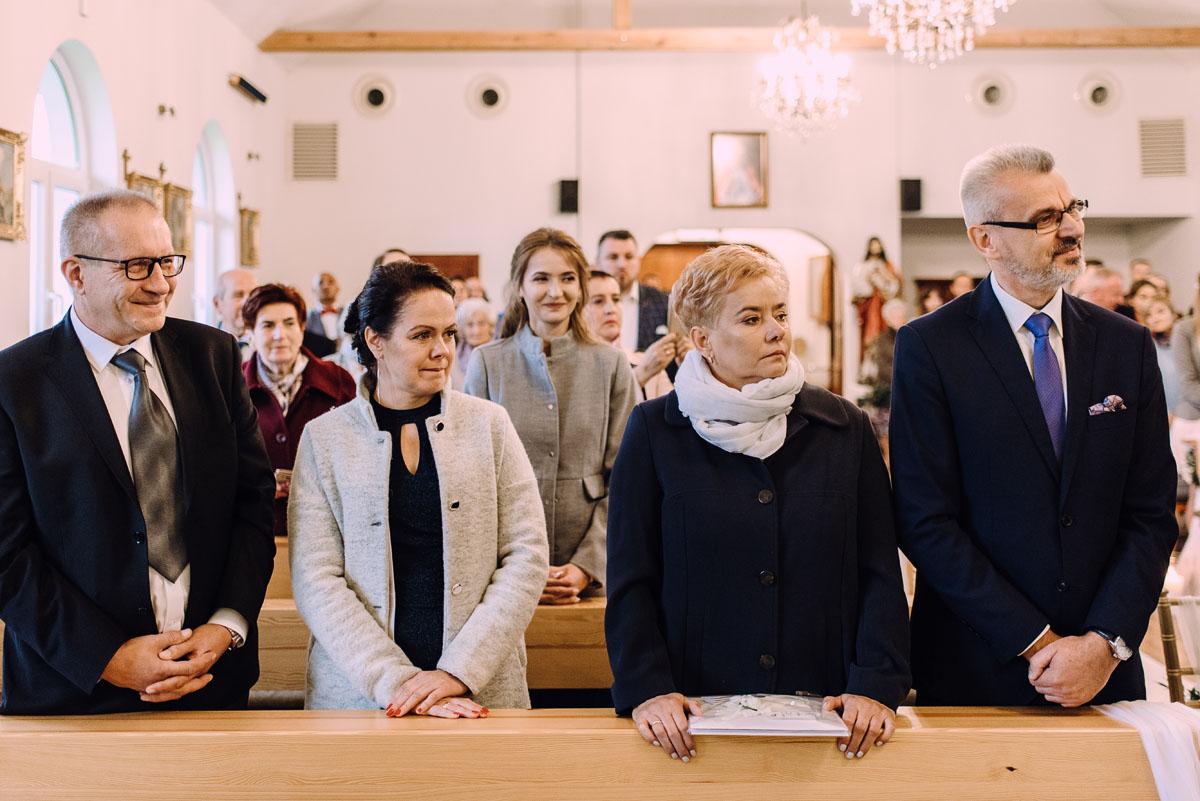 reportaz-slubny-Magda-Tomek-slub-kaplica-Jozefa-Jankowskiego-wesele-Pałac-Suchary-Bydgoszcz-Swietliste-077