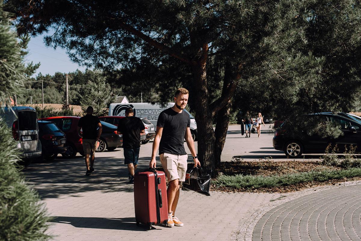 slub-w-plenerze-wesele-na-Mazurach-Hotel-Pory-Roku-Czysteblota-Pokrzydowo-Swietliste-Beata-Radek-003