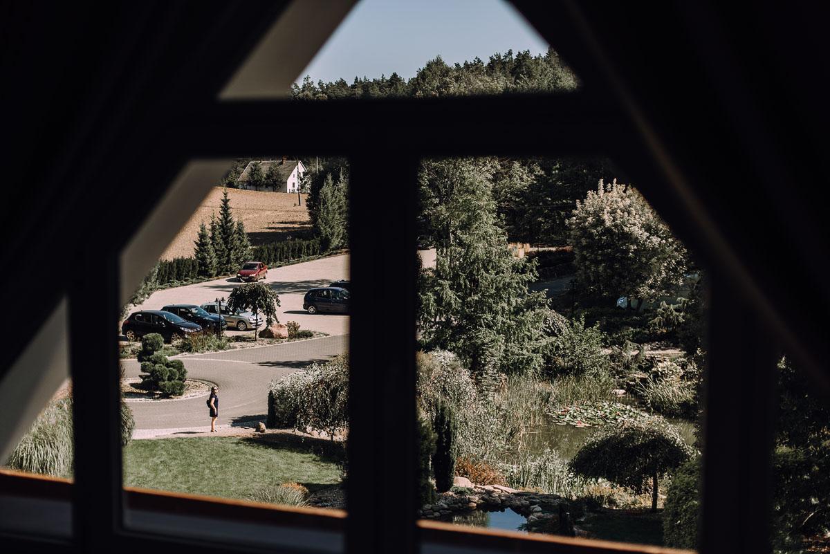 slub-w-plenerze-wesele-na-Mazurach-Hotel-Pory-Roku-Czysteblota-Pokrzydowo-Swietliste-Beata-Radek-017