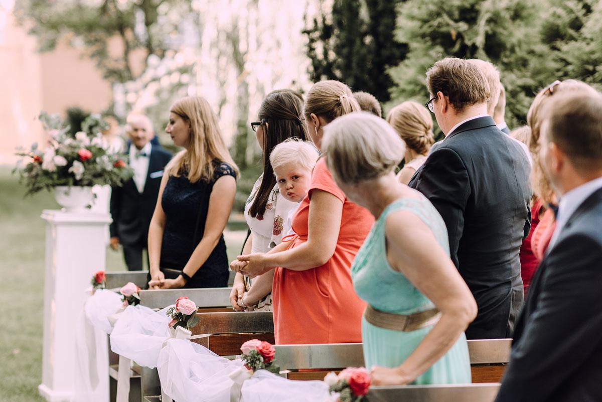 slub-w-plenerze-wesele-na-Mazurach-Hotel-Pory-Roku-Czysteblota-Pokrzydowo-Swietliste-Beata-Radek-064