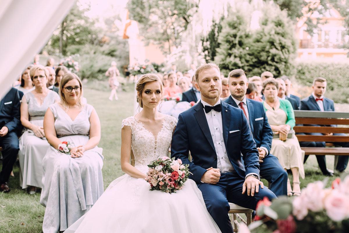 slub-w-plenerze-wesele-na-Mazurach-Hotel-Pory-Roku-Czysteblota-Pokrzydowo-Swietliste-Beata-Radek-069