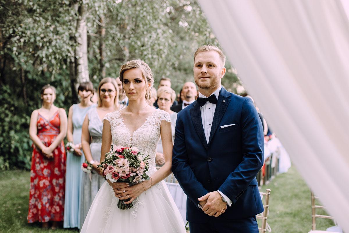slub-w-plenerze-wesele-na-Mazurach-Hotel-Pory-Roku-Czysteblota-Pokrzydowo-Swietliste-Beata-Radek-080