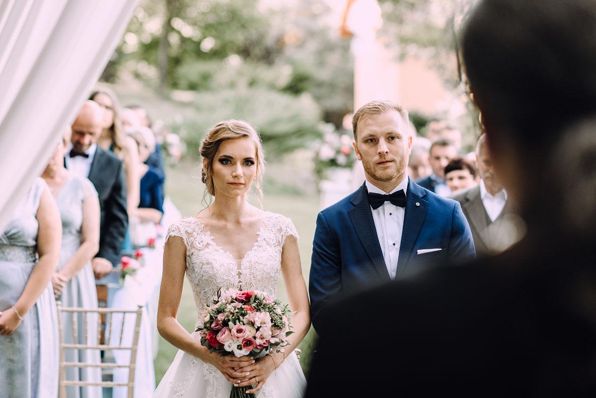 slub-w-plenerze-wesele-na-Mazurach-Hotel-Pory-Roku-Czysteblota-Pokrzydowo-Swietliste-Beata-Radek-083