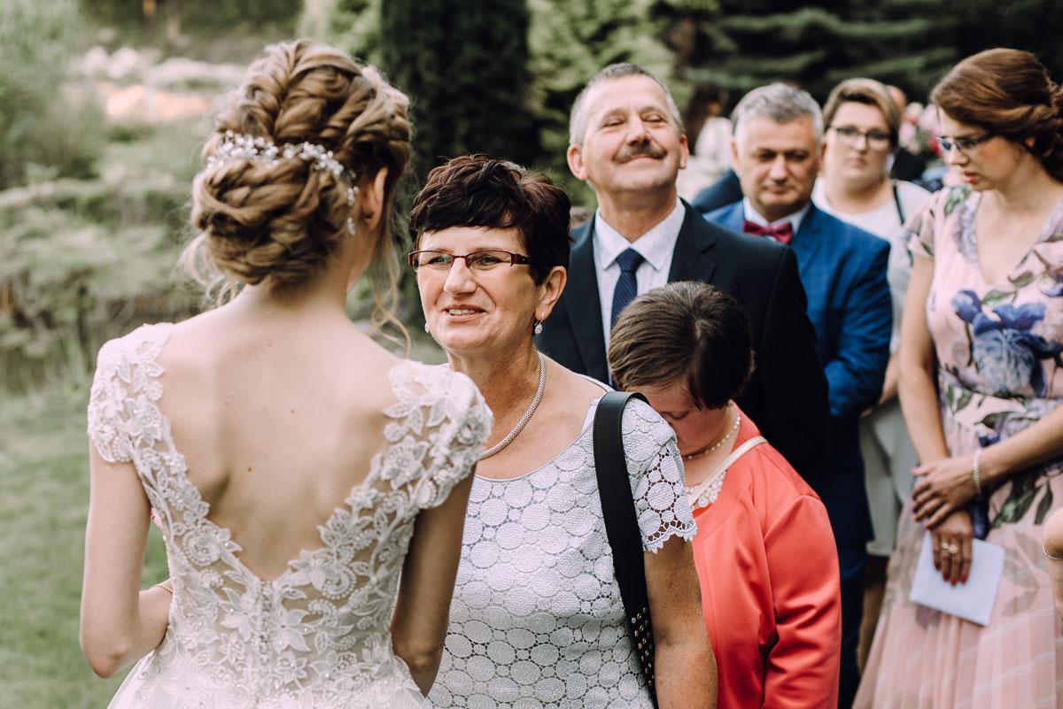 slub-w-plenerze-wesele-na-Mazurach-Hotel-Pory-Roku-Czysteblota-Pokrzydowo-Swietliste-Beata-Radek-111