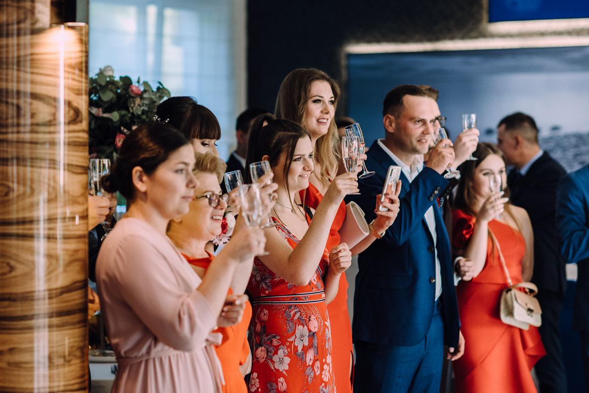 slub-w-plenerze-wesele-na-Mazurach-Hotel-Pory-Roku-Czysteblota-Pokrzydowo-Swietliste-Beata-Radek-132