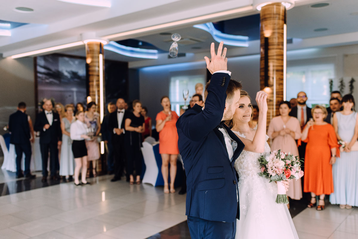 slub-w-plenerze-wesele-na-Mazurach-Hotel-Pory-Roku-Czysteblota-Pokrzydowo-Swietliste-Beata-Radek-133