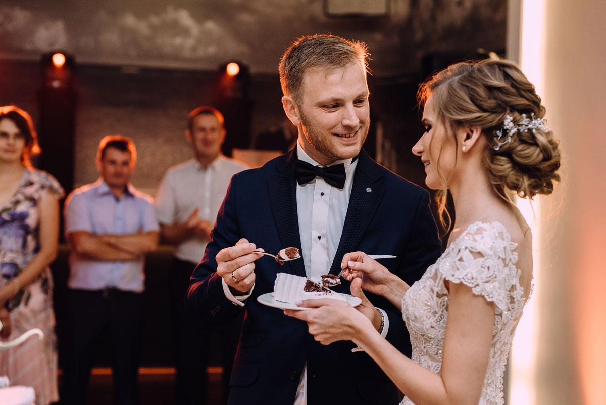 slub-w-plenerze-wesele-na-Mazurach-Hotel-Pory-Roku-Czysteblota-Pokrzydowo-Swietliste-Beata-Radek-234