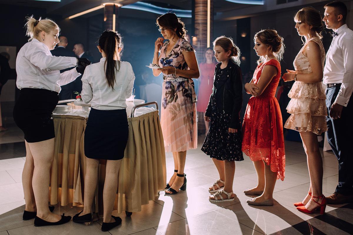 slub-w-plenerze-wesele-na-Mazurach-Hotel-Pory-Roku-Czysteblota-Pokrzydowo-Swietliste-Beata-Radek-235