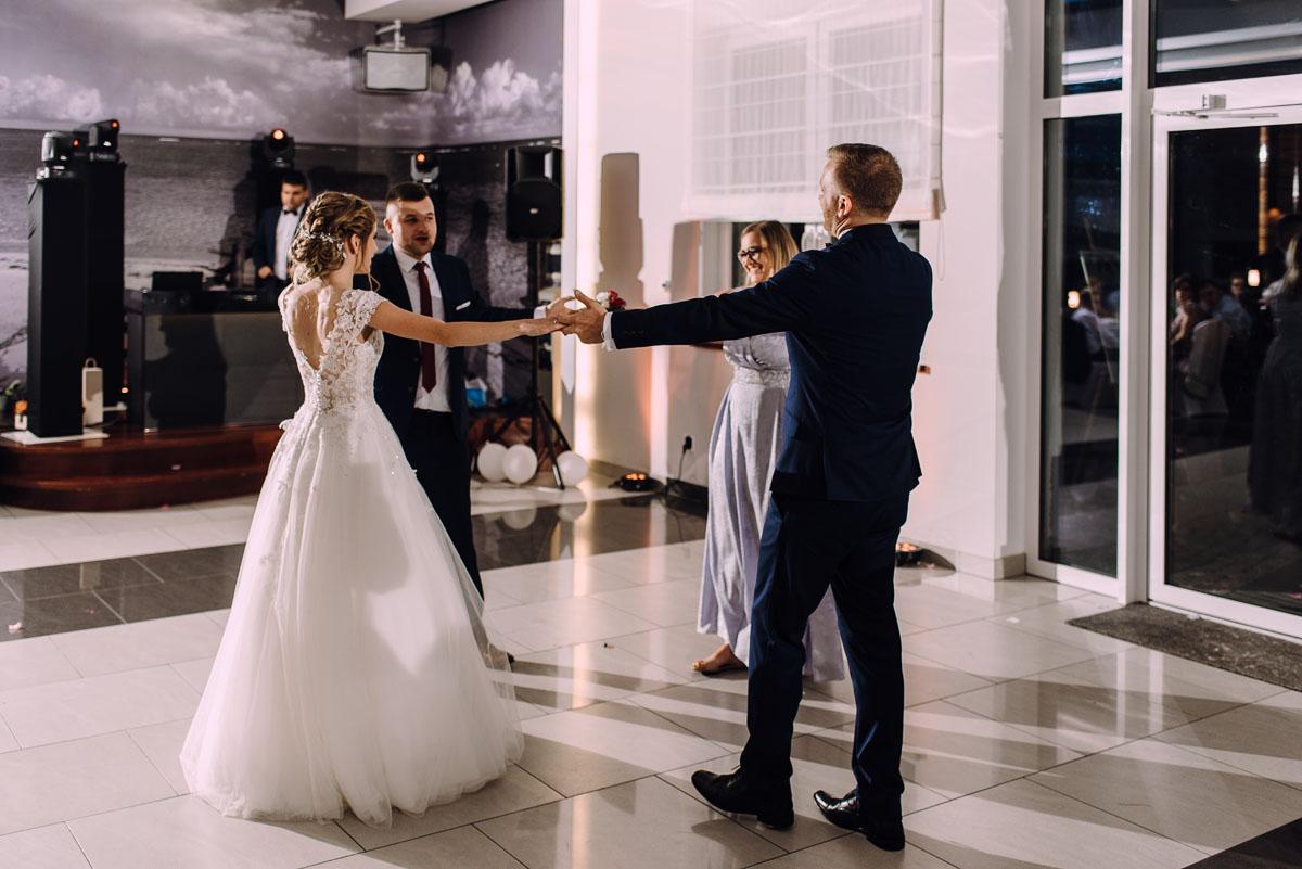 slub-w-plenerze-wesele-na-Mazurach-Hotel-Pory-Roku-Czysteblota-Pokrzydowo-Swietliste-Beata-Radek-236