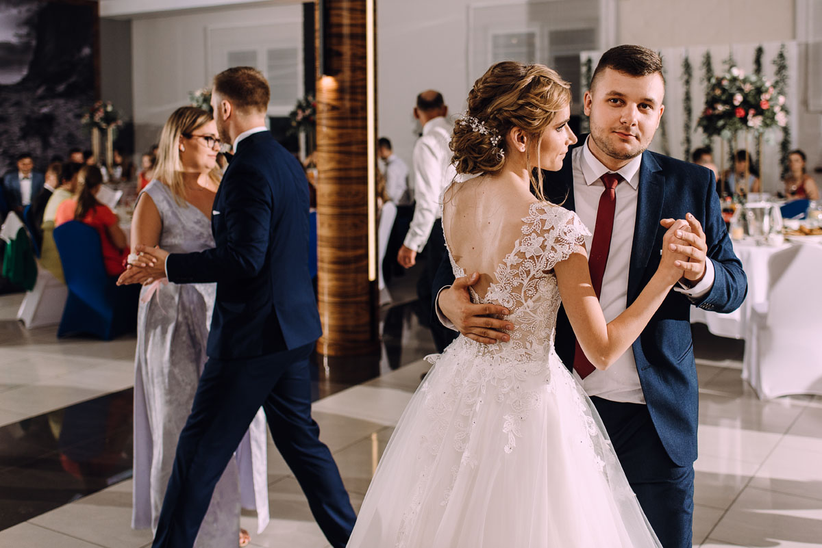 slub-w-plenerze-wesele-na-Mazurach-Hotel-Pory-Roku-Czysteblota-Pokrzydowo-Swietliste-Beata-Radek-237