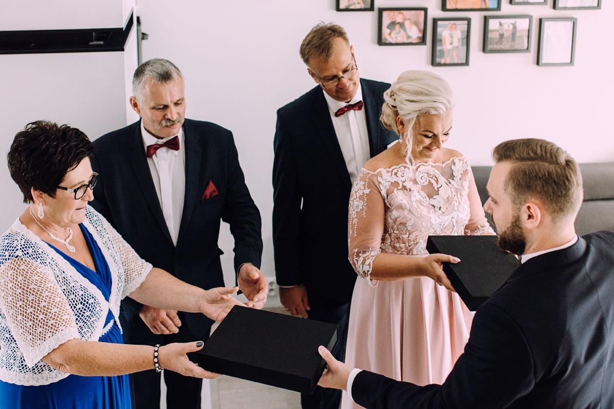 slub-Kosciol-Rektorski-Zgromadzenie-Ducha-Swietego-Bydgoszcz-Duchacze-wesele-dwor-Hulanka-Edyta-Michal-050