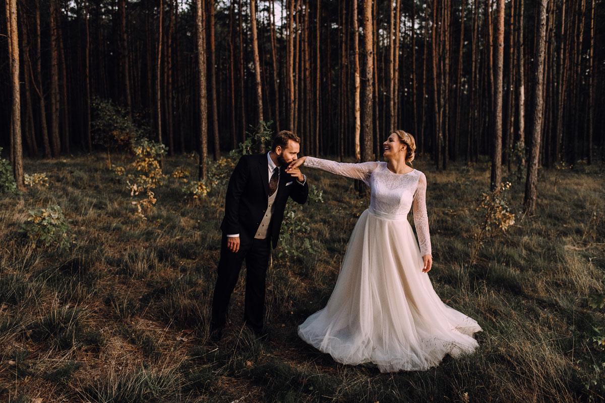 swietlista-sesja-o-zachodzie-slonca-fotografujemy-emocje-Edyta-Michal-048