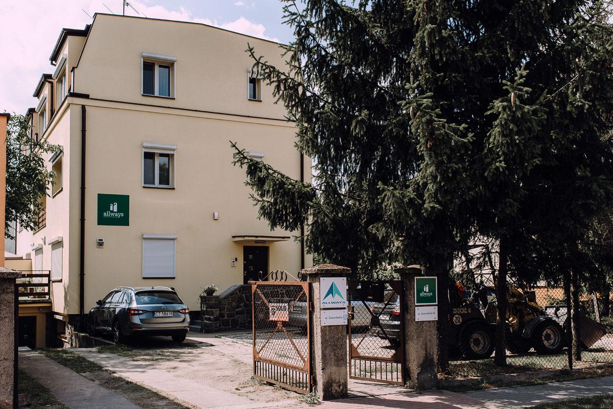 slub-Marika-Milosz-kosciol-Matki-Boskiej-Zwycieskiej-wesele-Mio-Piano-Torun-001