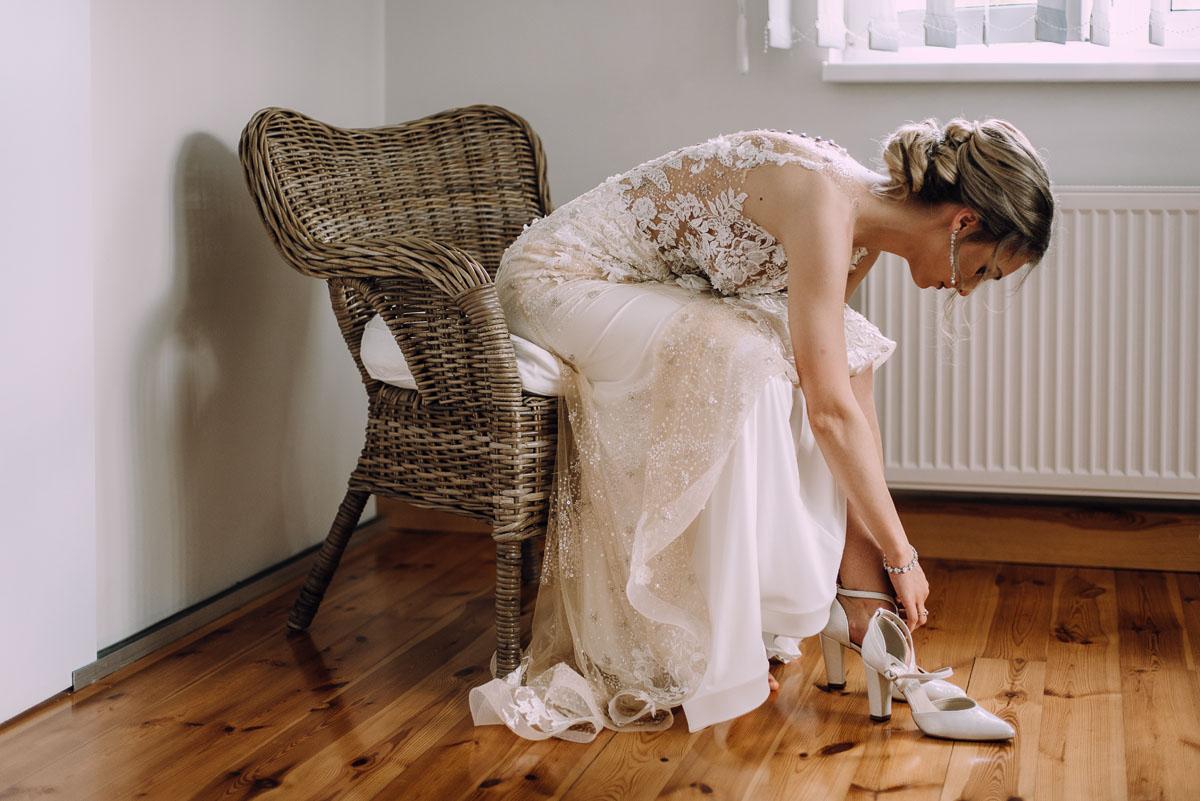 slub-Marika-Milosz-kosciol-Matki-Boskiej-Zwycieskiej-wesele-Mio-Piano-Torun-033