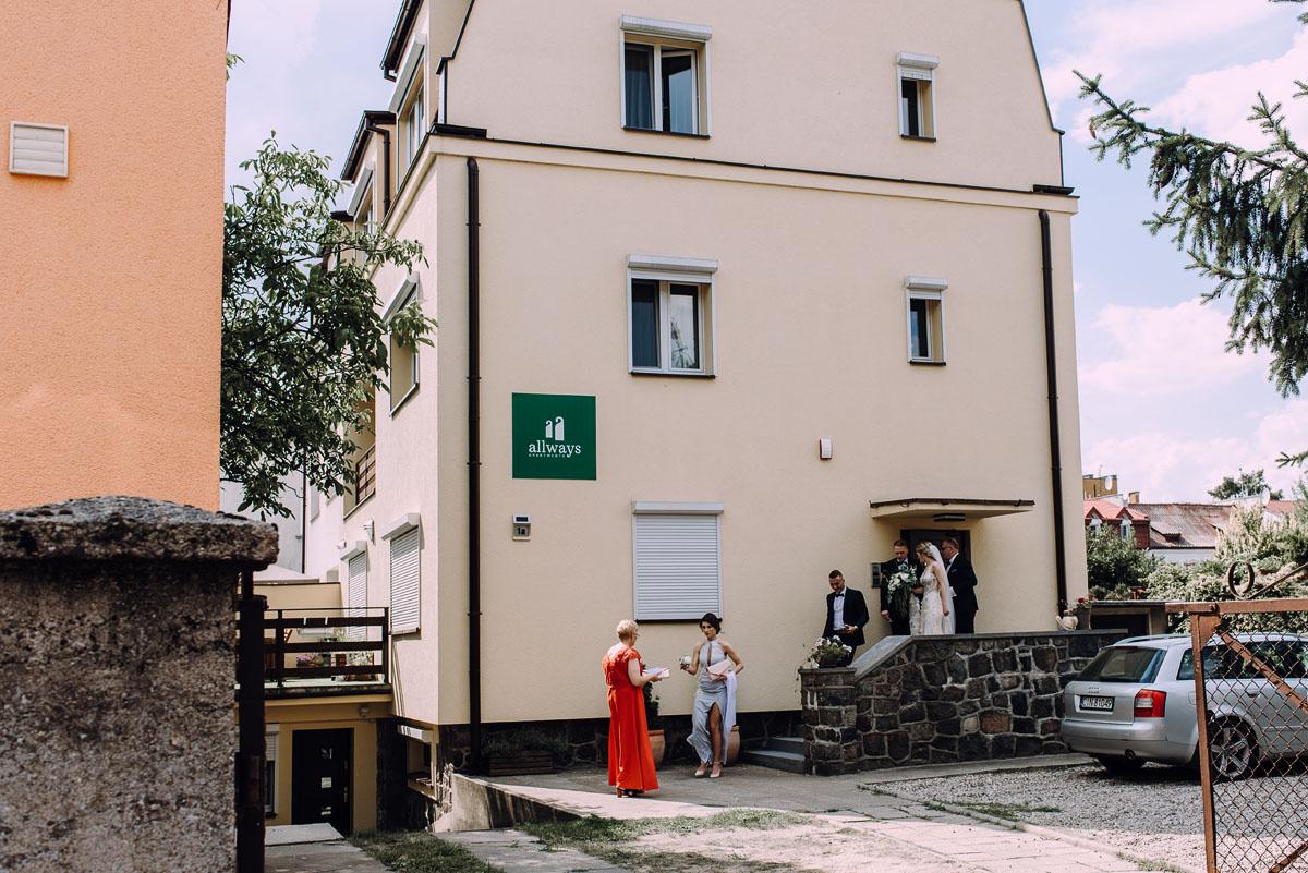 slub-Marika-Milosz-kosciol-Matki-Boskiej-Zwycieskiej-wesele-Mio-Piano-Torun-055