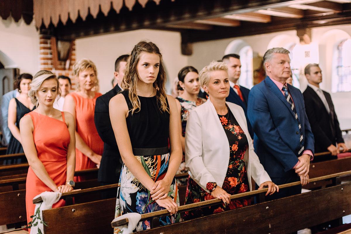 slub-Marika-Milosz-kosciol-Matki-Boskiej-Zwycieskiej-wesele-Mio-Piano-Torun-073