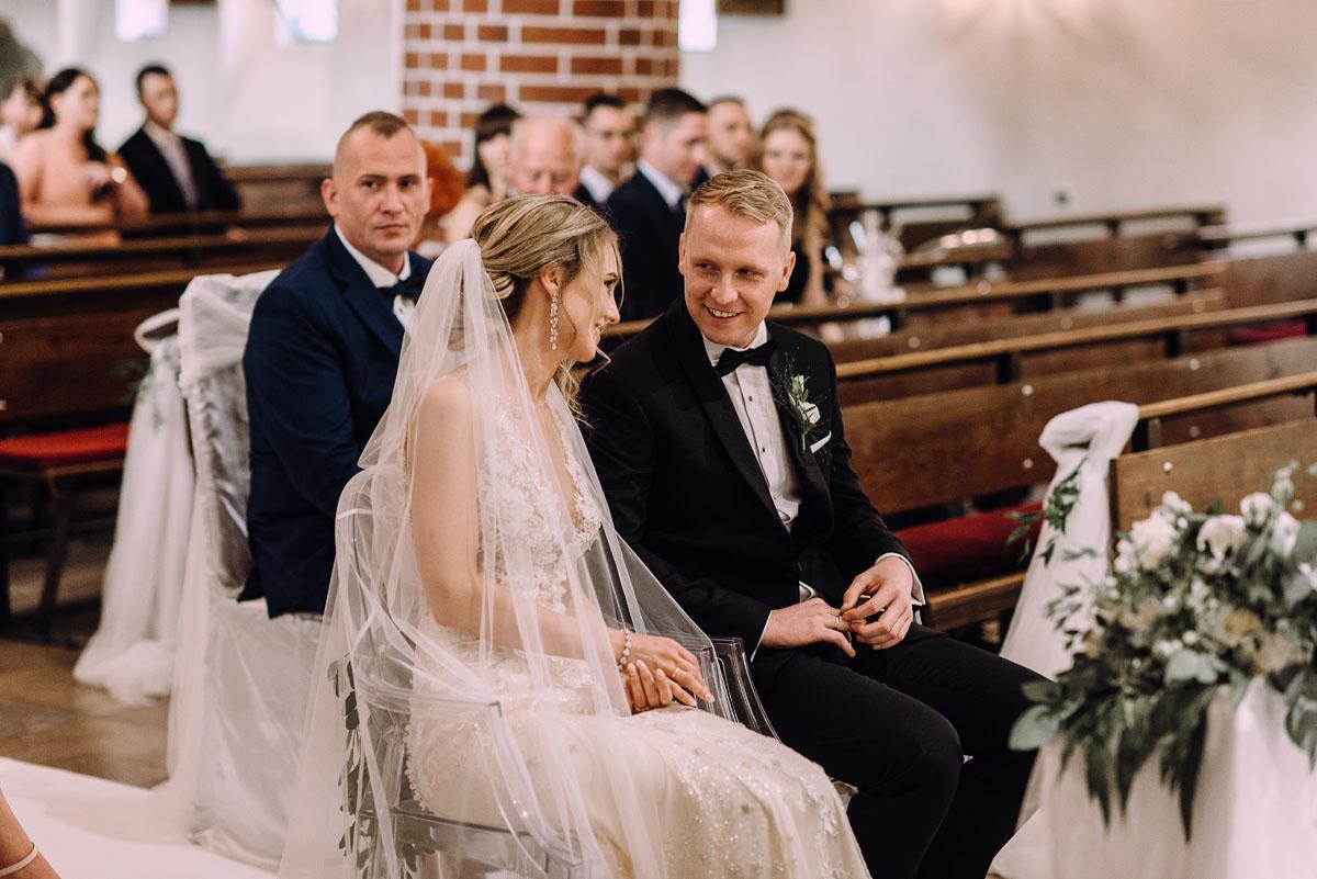 slub-Marika-Milosz-kosciol-Matki-Boskiej-Zwycieskiej-wesele-Mio-Piano-Torun-098