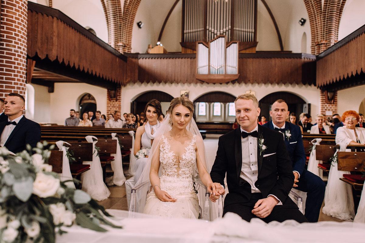 slub-Marika-Milosz-kosciol-Matki-Boskiej-Zwycieskiej-wesele-Mio-Piano-Torun-103