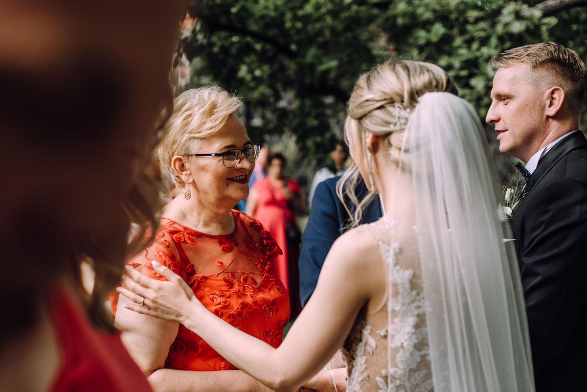 slub-Marika-Milosz-kosciol-Matki-Boskiej-Zwycieskiej-wesele-Mio-Piano-Torun-116