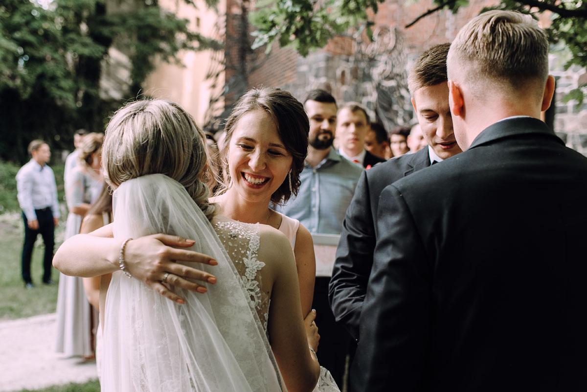 slub-Marika-Milosz-kosciol-Matki-Boskiej-Zwycieskiej-wesele-Mio-Piano-Torun-121