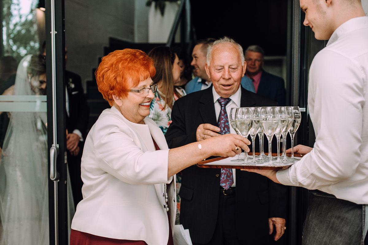slub-Marika-Milosz-kosciol-Matki-Boskiej-Zwycieskiej-wesele-Mio-Piano-Torun-144