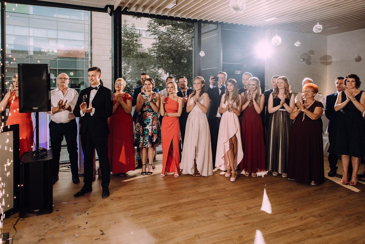 slub-Marika-Milosz-kosciol-Matki-Boskiej-Zwycieskiej-wesele-Mio-Piano-Torun-162