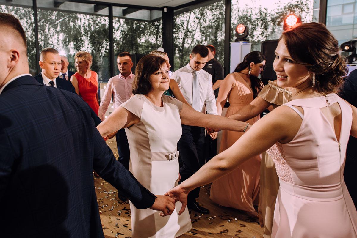 slub-Marika-Milosz-kosciol-Matki-Boskiej-Zwycieskiej-wesele-Mio-Piano-Torun-171