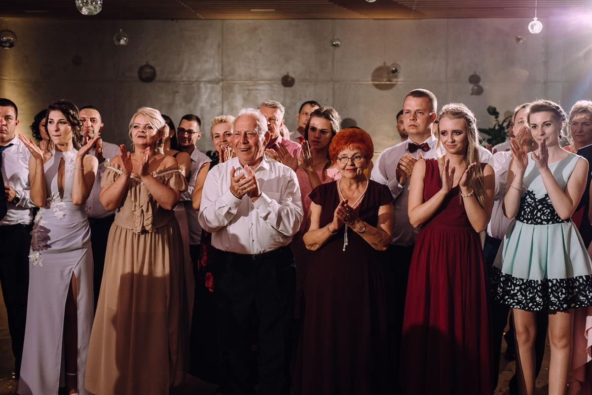 slub-Marika-Milosz-kosciol-Matki-Boskiej-Zwycieskiej-wesele-Mio-Piano-Torun-211