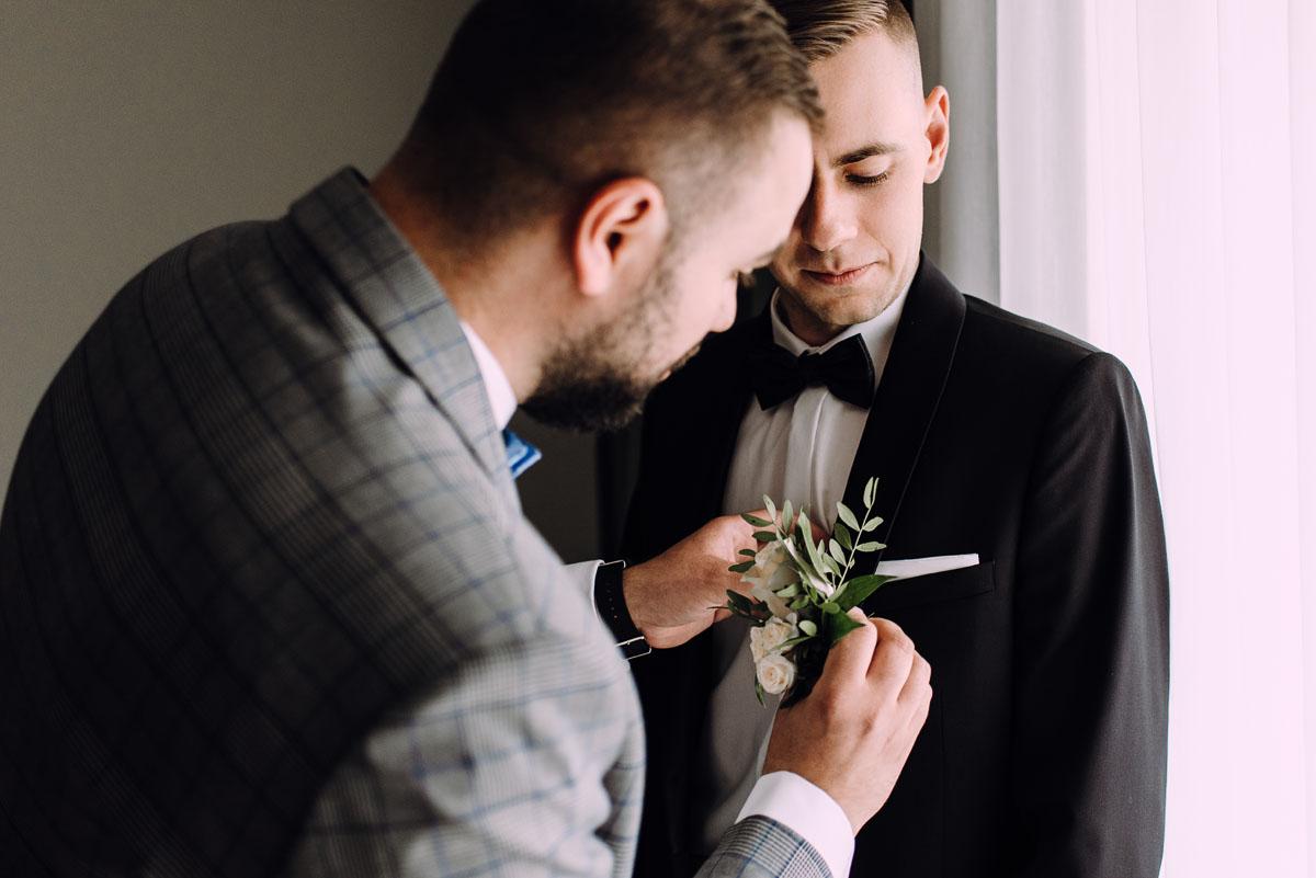 slow-wedding-przygotowania-slubne-apartamenty-sowa-slub-kosciol-sw-Trojcy-Bydgoszcz-wesele-pod-namiotem-garden-party-w-stylu-slow-Dominika-Tom-038