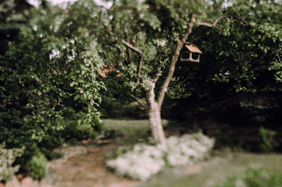 slow-wedding-przygotowania-slubne-apartamenty-sowa-slub-kosciol-sw-Trojcy-Bydgoszcz-wesele-pod-namiotem-garden-party-w-stylu-slow-Dominika-Tom-140