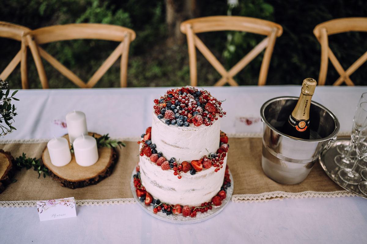 slow-wedding-przygotowania-slubne-apartamenty-sowa-slub-kosciol-sw-Trojcy-Bydgoszcz-wesele-pod-namiotem-garden-party-w-stylu-slow-Dominika-Tom-147