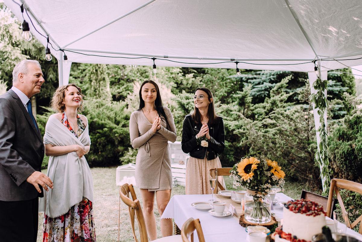 slow-wedding-przygotowania-slubne-apartamenty-sowa-slub-kosciol-sw-Trojcy-Bydgoszcz-wesele-pod-namiotem-garden-party-w-stylu-slow-Dominika-Tom-160
