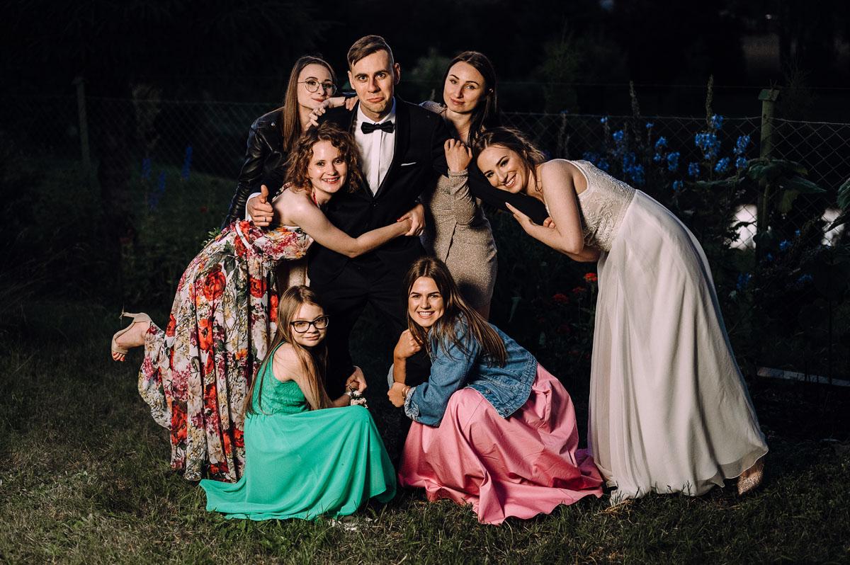 slow-wedding-przygotowania-slubne-apartamenty-sowa-slub-kosciol-sw-Trojcy-Bydgoszcz-wesele-pod-namiotem-garden-party-w-stylu-slow-Dominika-Tom-186