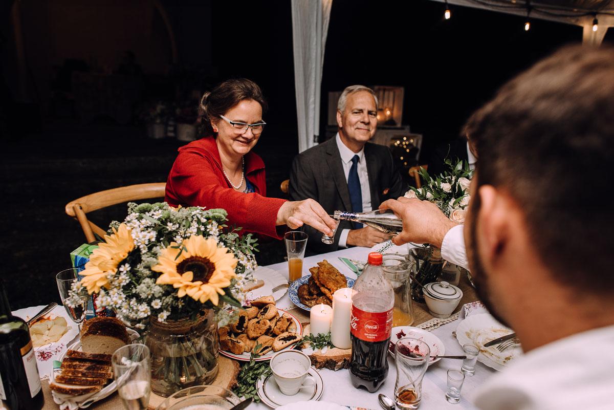 slow-wedding-przygotowania-slubne-apartamenty-sowa-slub-kosciol-sw-Trojcy-Bydgoszcz-wesele-pod-namiotem-garden-party-w-stylu-slow-Dominika-Tom-199