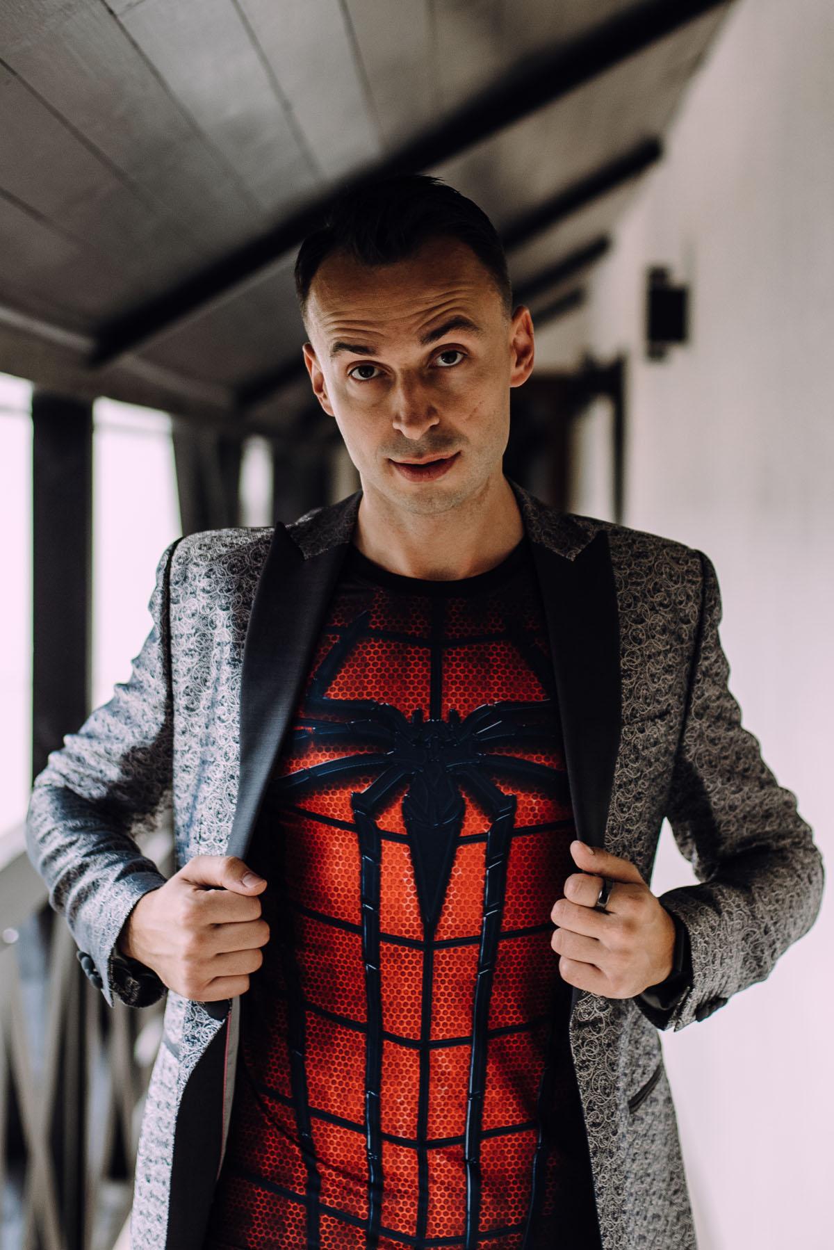slub-wesele-z-elementami-komiksowych-superbohaterow-uniwersum-Marvela-DC-Comics-Iza-Szymon-034